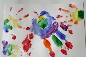 toddler art title=